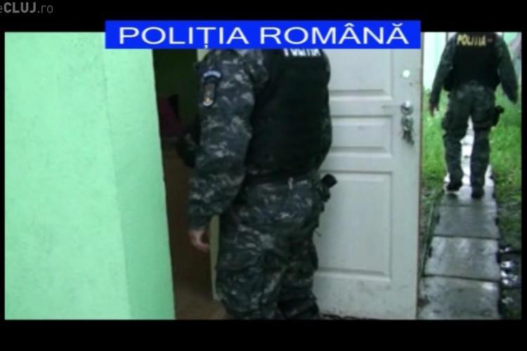 Spărgători de locuințe clujeni, prinși în urma unor percheziții. Au furat bunuri de peste 15.000 euro VIDEO