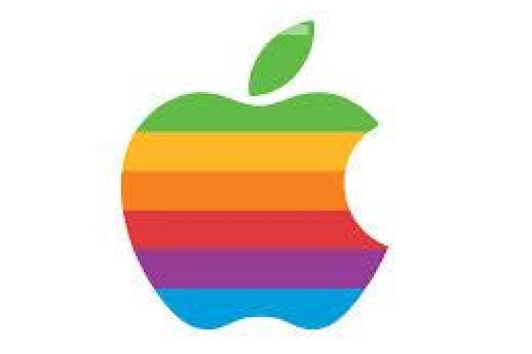 Apple a abandonat o investiţie în România după ce vicepreşedintele companiei a făcut 7 ore de la Bucureşti la Braşov
