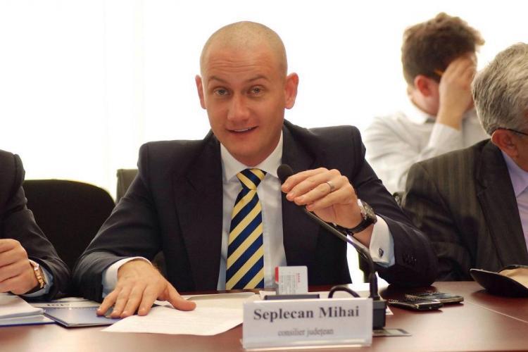 PSD Cluj îl atacă pe Seplecan: Promovează cultul personalității / UPDATE. Seplecan susține că sunt MINCIUNI