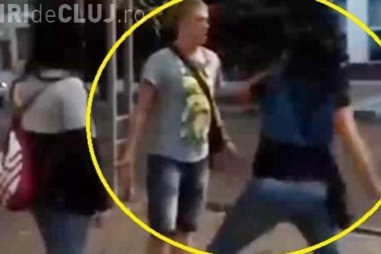 A JIGNIT o femeie , iar aceasta l-a culcat la pământ cu un singur pumn - VIDEO