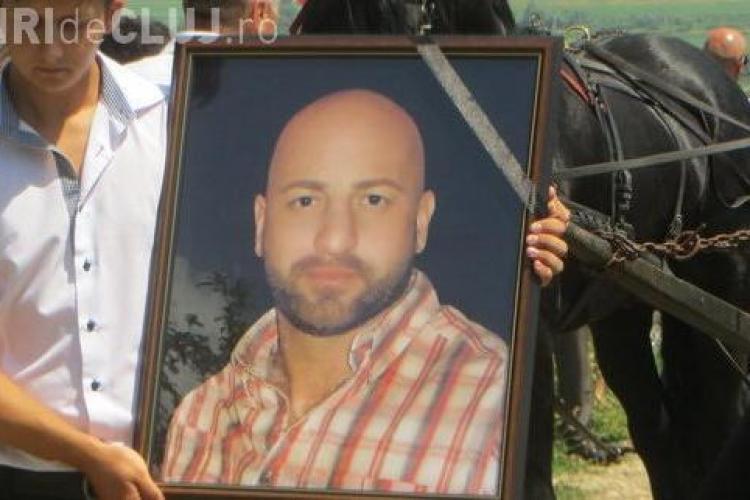 Dafinel, motociclistul mort pe DN 1C, condus pe ultimul drum de 1000 de oameni - FOTO