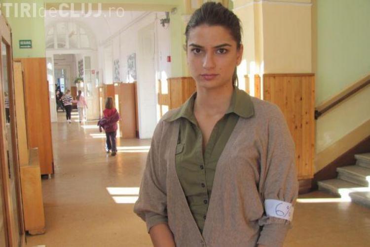 O studentă din Cluj a scris despre ABSTINENȚA sexuală până la căsătorie. Ea cere demisia consilierului ministrului Educaţie