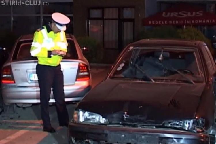Accident cu 6 mașini pe strada Clujului! Un polițist a fost lovit cu pumnul, iar șoferul și-a bătut mama - VIDEO