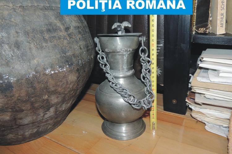 Trafic cu bunuri arheologice la Muzeele de istorie din Cluj și Bistrița. Polițiștii au confiscat sute de artefacte prețioase FOTO VIDEO