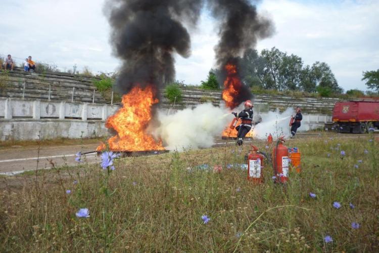 Pompierii clujeni au câștigat un concurs zonal de rapiditate și îndemânare - FOTO