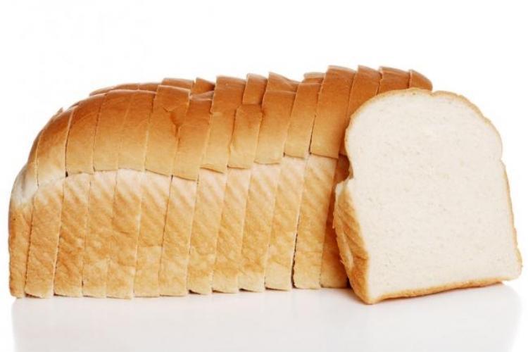 Cum reacționează organismul când scoți pâinea albă din alimentație