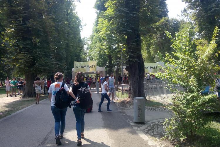 UNTOLD FESTIVAL: Parcul Central începe să se umple. Festivalierii deja sosesc FOTO
