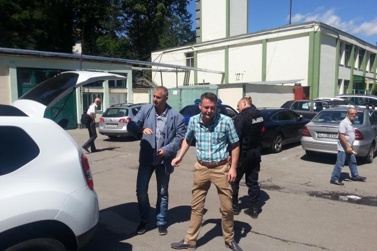 Percheziții la Institutul Oncologic Cluj. Dezvăluirile PACIENȚILOR sunt DURE: Medicul avea ȘAPTE telefoane