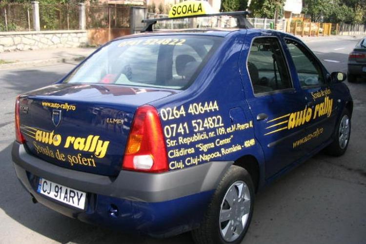 Școala de șoferi AutoRally SRL e în INSOLVENȚĂ! Cursații au luat ȚEAPĂ