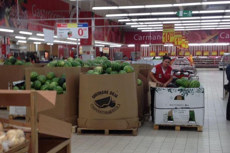La Auchan Cluj, pepenii din Ungaria sunt vanduți sub brand PRODUS ROMANESC - FOTO/ UPDATE Ce spune conducerea Auchan