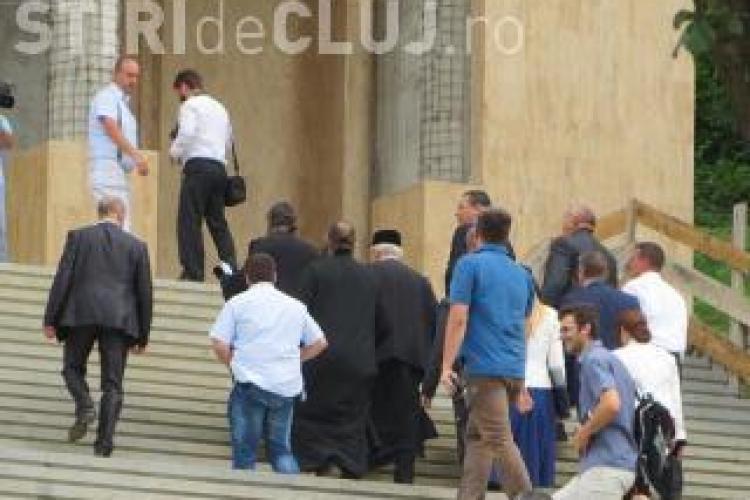 Peste 100 de polițiști clujeni ies pe străzi pentru a asigura paza pentru creștinii veniți la Nicula