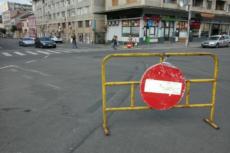 Circulația pe Moților a fost închisă pentru șoferii care vin din Mănăștur. Pe unde vor merge de acum FOTO