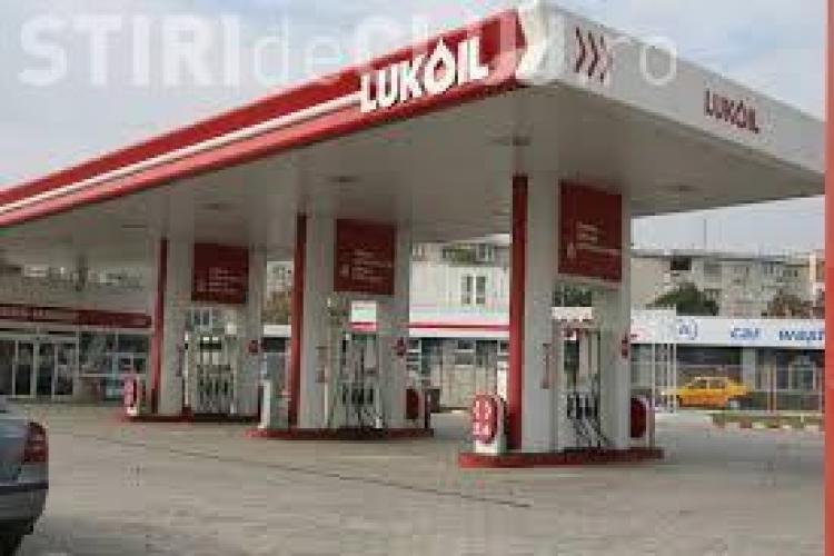 Benzina cu apa la LuKoil Cluj (comuna Apahida). Ce au găsit inspectorii OPC Cluj și ce SUSPICIUNI sunt