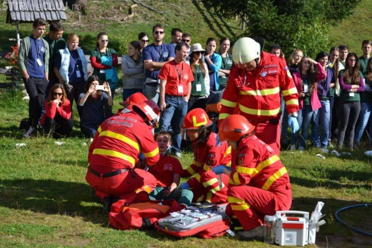 Scoala de vara pentru Medicina de Urgenta si Catastrofa are loc la Arieseni