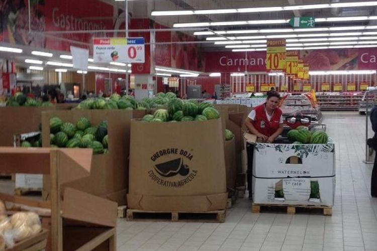 """Ce spune șeful Auchan România despre cazul de la Cluj. Pepenii ungurești erau """"românizați"""" - FOTO"""