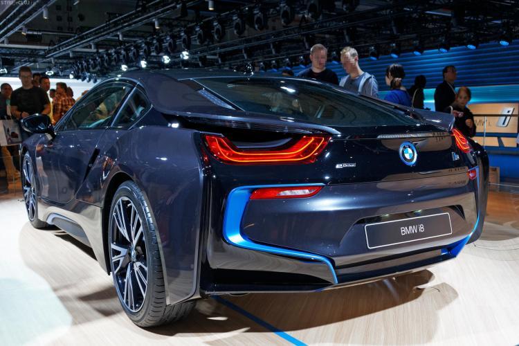 Acţiunile BMW scad. Emisiile SUV-ului X3 diesel sunt de 11 ori mai mari