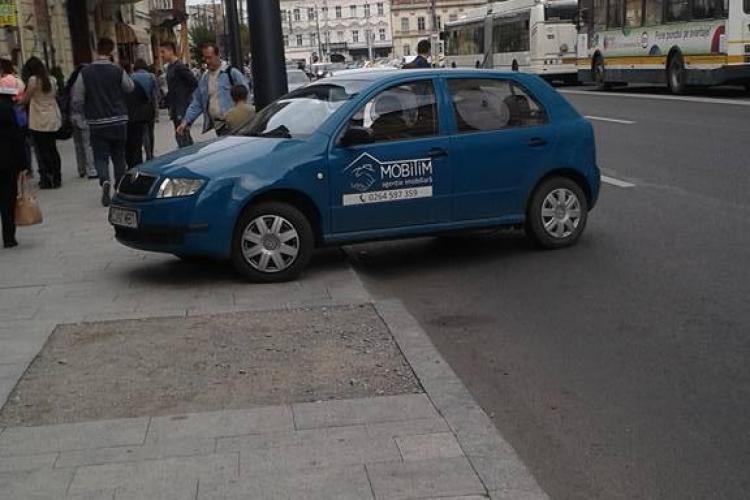 """""""Ai parcat ca un bou"""", i-a scris un clujean unui șofer ce a încurcat tot traficul pe strada Memorandumului din Cluj"""