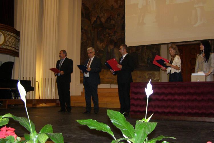 Peste 500 de elevi olimpici şi profesori din Cluj au fost premiaţi