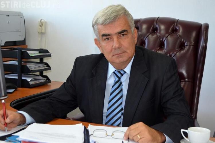 """Șeful ISJ Cluj, Valentin Cuibus, a primit """"Crucea Transilvaniei"""""""