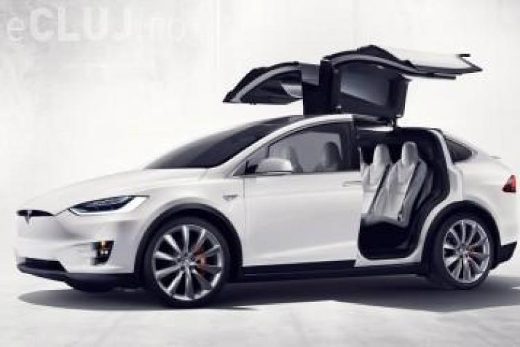 Tesla a lansat cel mai rapid SUV electric. E la fel de rapid ca și un Porsche 911 Turbo VIDEO