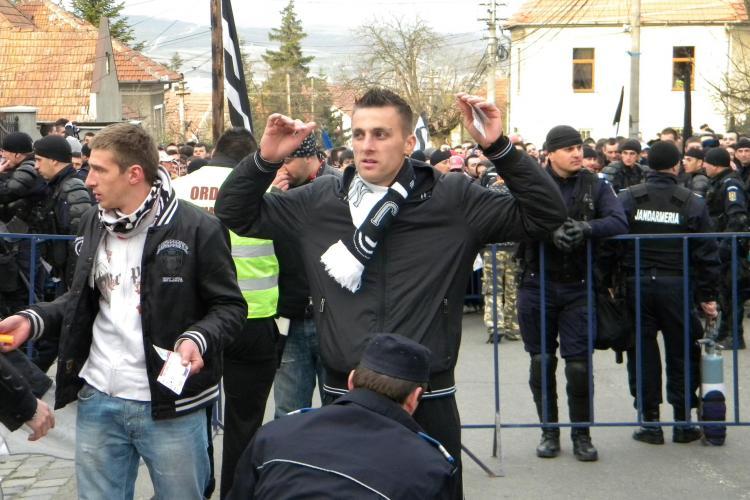 39 de suporteri au interdicție la meciul U Cluj - Steaua. E interzis cu cuțite sau alte corpuri contondente