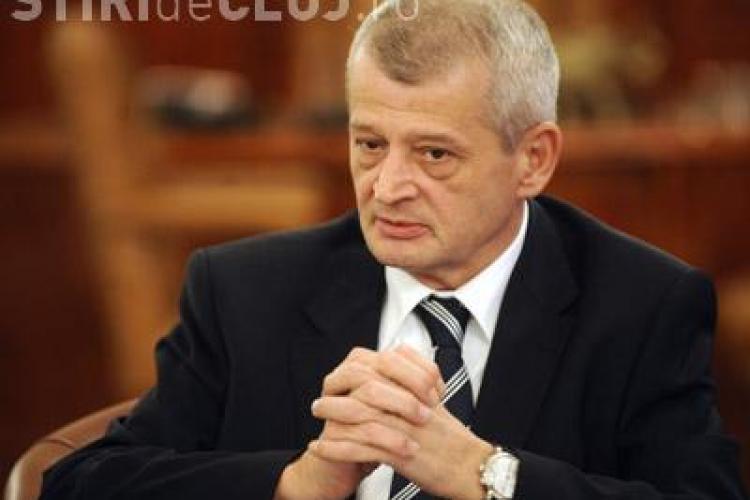 Sorin Oprescu a fost scos din arest. Primarul capitalei a fost transferat la spital