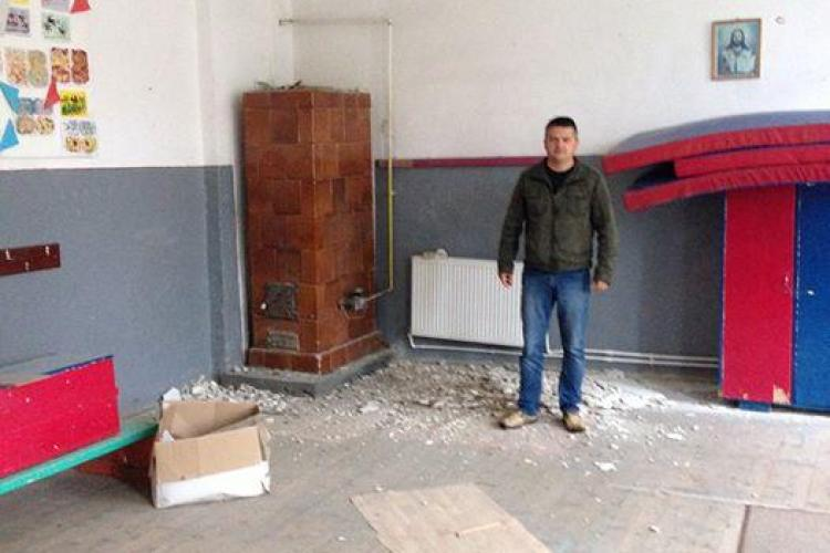Tavanul unei școli din Cluj s-a prăbușit, din cauza ploilor