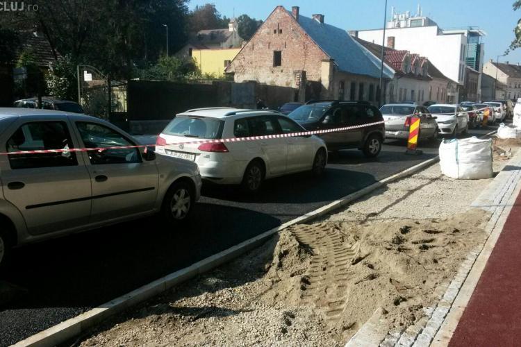 """Ce """"surpriză"""" le-a făcut Poliția Locală părinților care și-au dus copiii la Șincai și Coșbuc FOTO"""