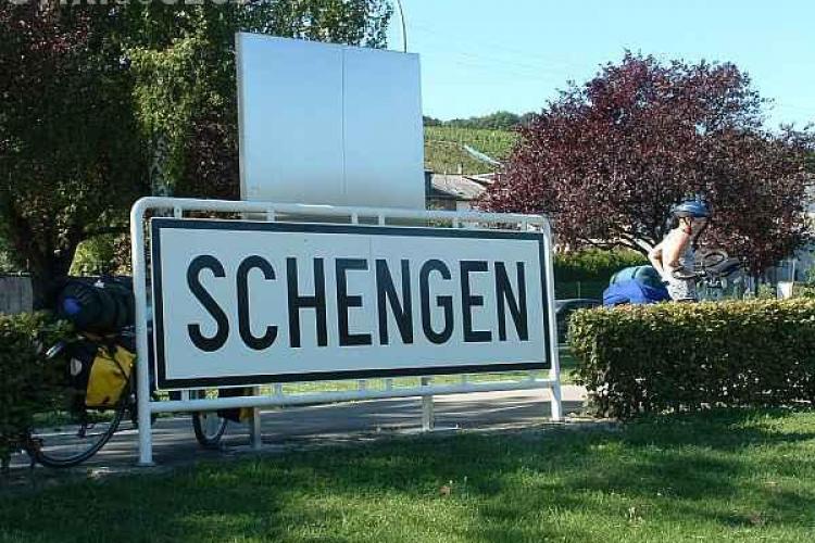 România renunță, momentan, la intrarea în spațiul Schengen. Cine a făcut anunțul