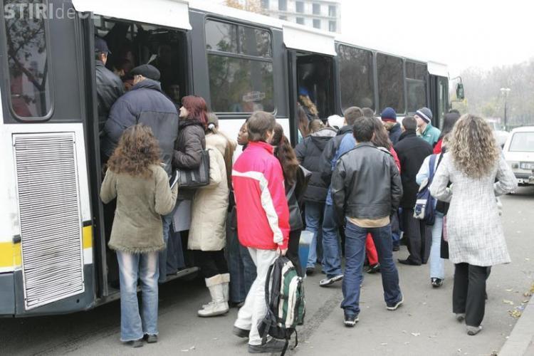 Autobuzele din Cluj-Napoca circulă tot mai rar. Ce reclamă un clujean! Are dreptate?