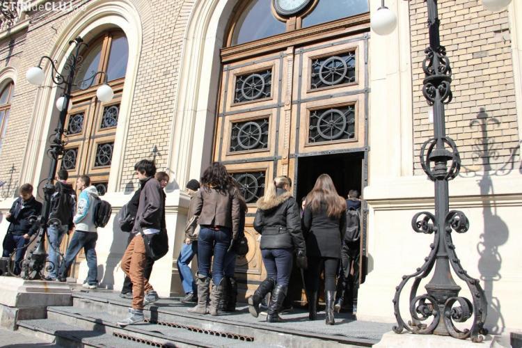 """Doctoranda care face dezvăluiri despre """"sclavia"""" de la UBB câștiga 370 de lei. Profesoara ei lua o AVERE din bani europeni"""
