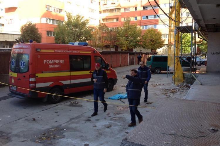 Un copil de 2 luni a fost ARUNCAT pe geam de mamă la Cluj-Napoca. DETALII CUTREMURĂTOARE