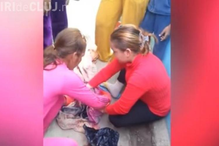 Clipul care face furori pe internet. Un nou-născut a fost salvat de la moarte, după ce mama l-a aruncat într-un sac de gunoi VIDEO