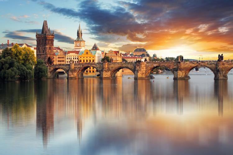 """Vacanță de VIS la Praga! Cât costă o ofertă """"last minute"""" pentru a vedea Orașul de Aur - FOTO"""