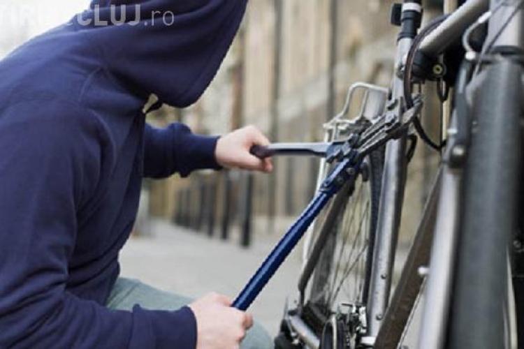 Hoț de mic, un adolescent a fost prins în flagrant de polițiștii clujeni în timp ce încerca să fugă cu o bicicletă