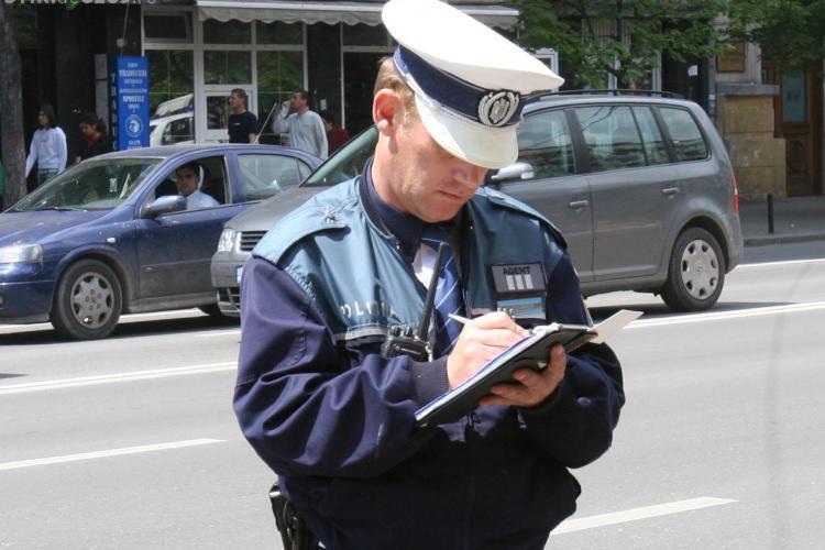 Aproape 100 de amenzi date de polițiști în centrul Clujului, într-o singură zi