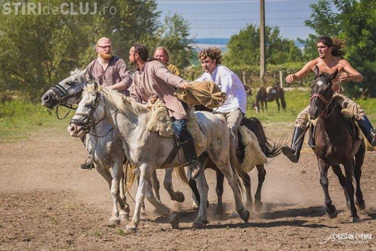 Demonstrație hipică la Cluj: Cum vânau și luptau hunii. Clujenii vor putea călări la final - FOTO