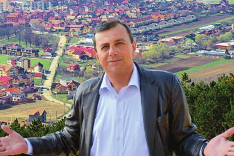 Horia Șulea, primarul comunei Florești, vine joi seara la emisiunea Știri de Cluj LIVE. Așteptăm întrebări