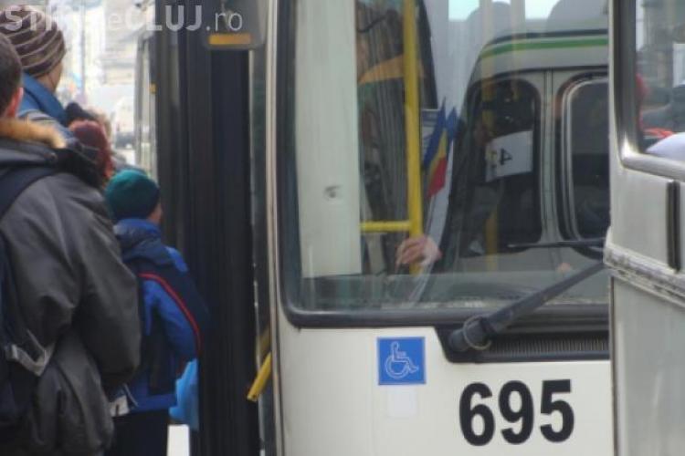 Un pastor a fost UMILIT de un controlor pe un autobuz care venea din Florești