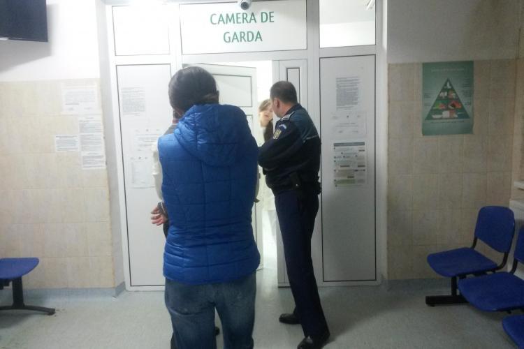 Bătrân de 87 de ani în COMĂ, ținut 3 ore în ambulanță. La un spital din Cluj a fost CIRC. Medicii au chemat poliția - VIDEO