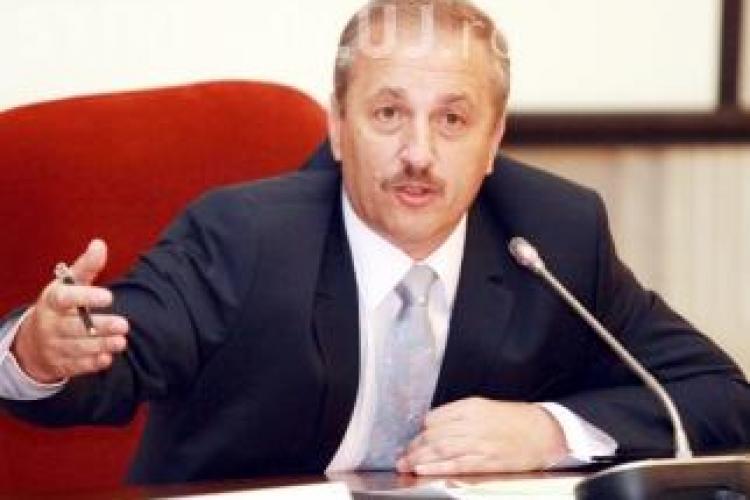 Unii lideri PNL îl contestă pe Vasile Dâncu. A fost relatată o scenă de cenzură a TVR