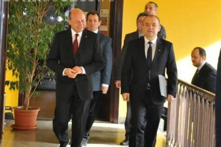 Traian Băsescu şi Emil Boc s-au întâlnit la Cluj. Spun că au discutat FLEACURI