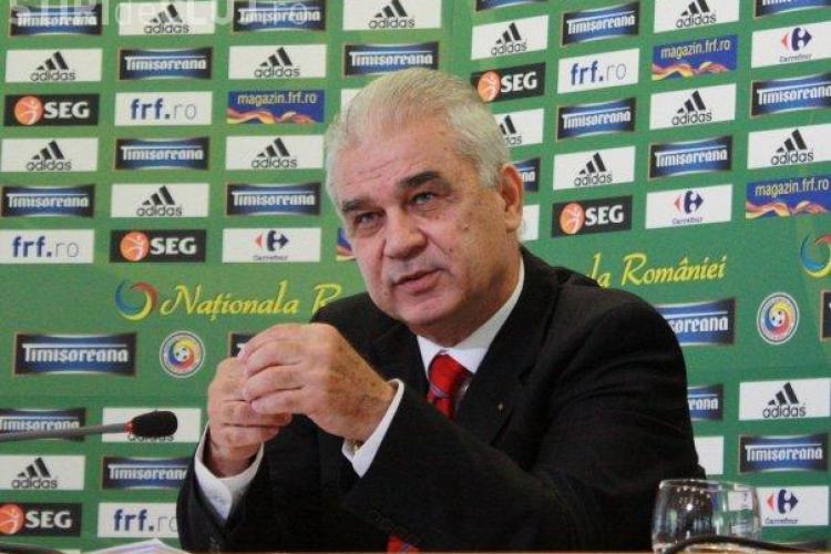 Anghel Iordănescu și-a prelungit contractul cu FRF. E selecționerul României până la sfârșitul EURO 2016