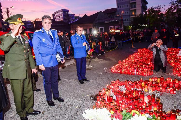 Comandantul Jandarmeriei Turce a venit în România și a depus flori în memoria victimelor de la Colectiv