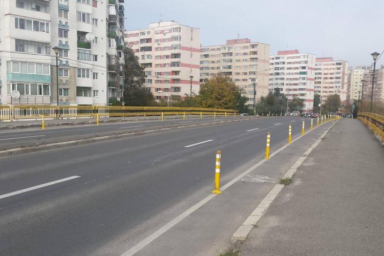 Risc de accidente pe podul Grigorescu - Mănăștur. Benzile rutiere au fost îngustate - FOTO