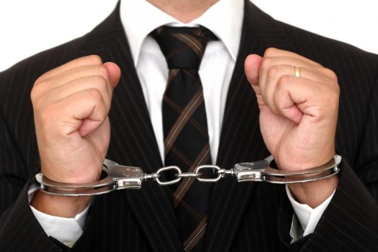 Oficial Banca Mondială: În România corupţii sunt arestaţi, dar ies după un an, doi şi se bucură de banii furaţi