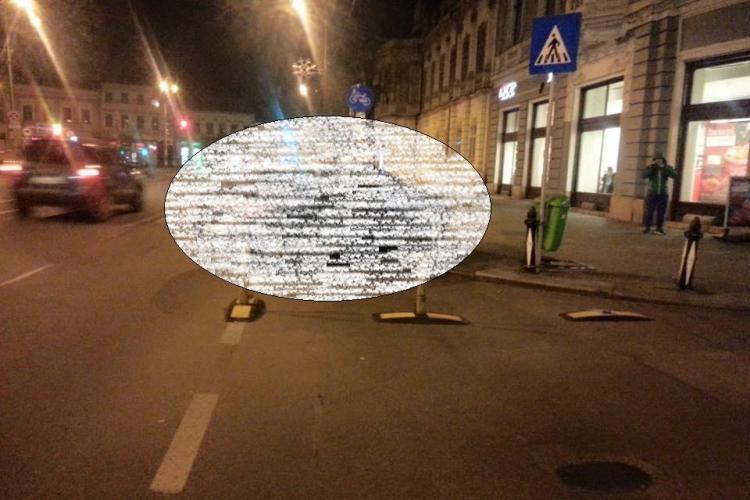 Ofertă la KFC Cluj, în Piața Unirii. Cum a parcat un șmecheraș - FOTO