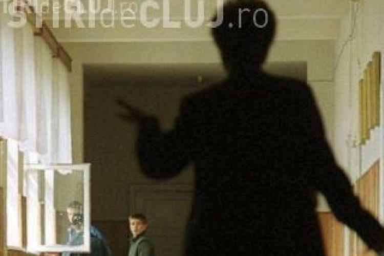 Învățătoarea din Cluj, care a umilit un elev din clasa întâi, a fost dată afară. S-a făcut DREPTATE?