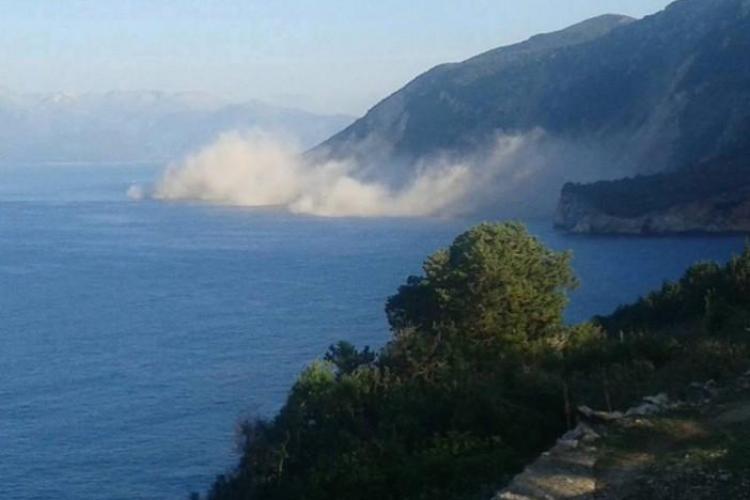 O plajă renumită din Grecia a fost distrusă de un cutremur - FOTO și VIDEO