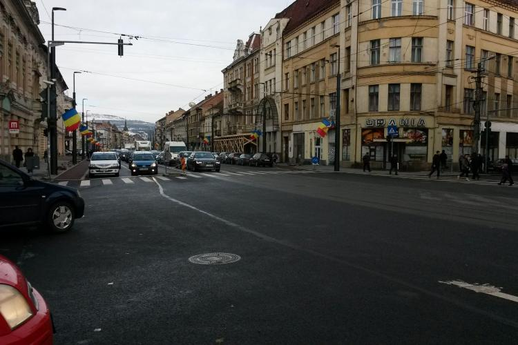 Pe strada Horea asfaltarea s-a terminat și se mai lucrează la trotuare